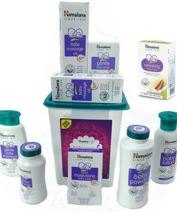 HIMALAYA Shubh Muhurat gift box set of 9 products