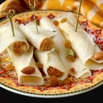 Pathisapta Pithe Filled With Kheer (3 pieces) – Bengali Pitha – Bisarga Online Food Delivery India